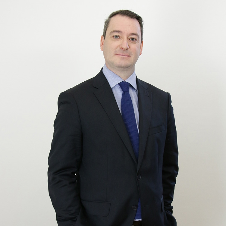 Olivier de Maison Rouge, Docteur en droit, avocat d'affaires
